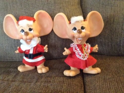 Vintage Topo Gigio Roy Des Fla Large Ears Mice Set Of Mr & Mrs Santa Claus Banks