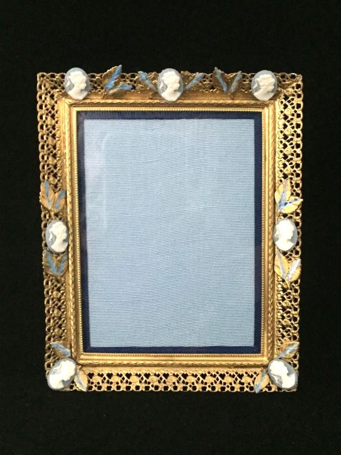 ANTIQUE PICTURE FRAME WITH WEDGWOOD STYLE PLAQUES