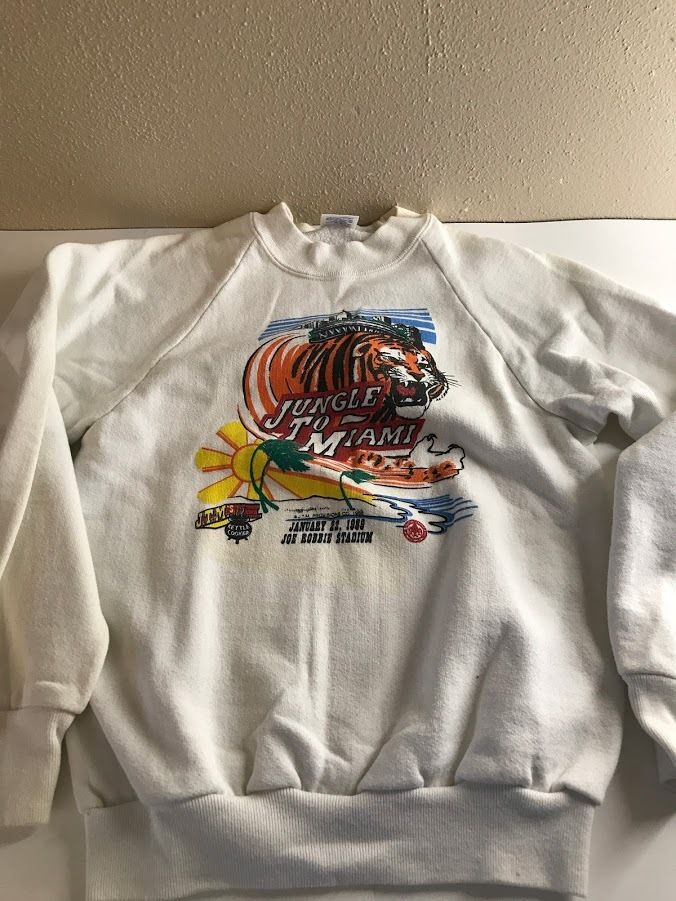 Vintage Used Sweater Shirt 1989 Super Bowl XXIII Football Bengals Jungle Child L