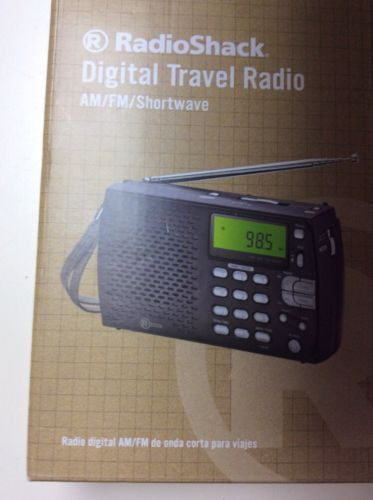 BRAND NEW RadioShack Digital Travel Radio  AM/FM Shortwave Radio (2000658)