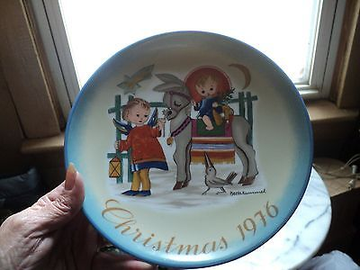Sister Berta Hummel Christmas Plate  1976