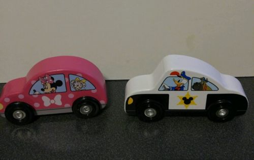 Disney Melissa & Doug Mickey Mouse Clubhouse 2 Pce Wooden Police & Minnie Cars