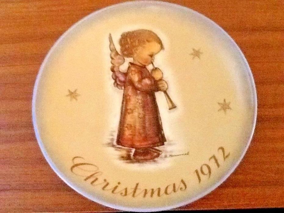HUMMEL CHRISTMAS COLLECTOR PLATE - LIMITED EDITION 1972