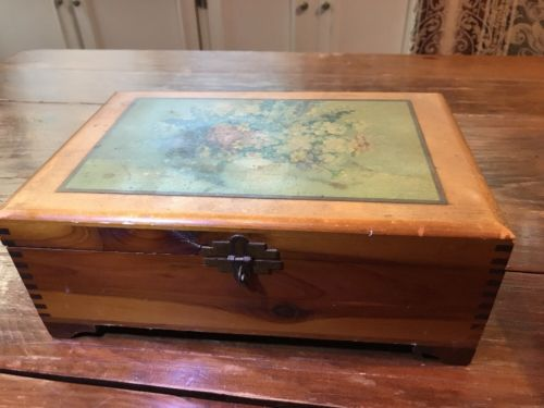 Cedar Wood Floral Still Life Jewelry Trinket Chest Box Hand Made Dovetail 4
