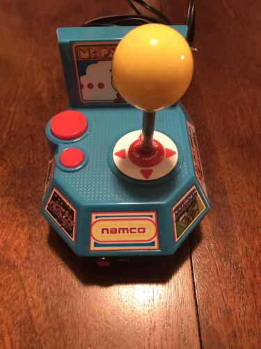 Ms. PACMAN Namco Jakks Pacific 2004 Plug And Play Video Game