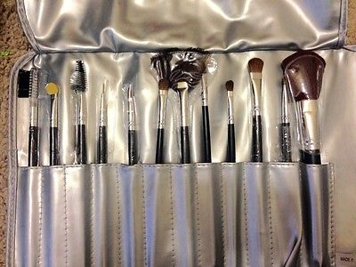 Solaf Makeup Brushes with silky leather case (Set of 12)