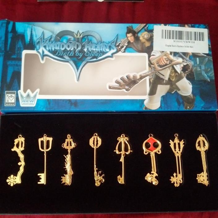 Kingdom Hearts gold keyblade keychains 8 piece box set SquareEnix