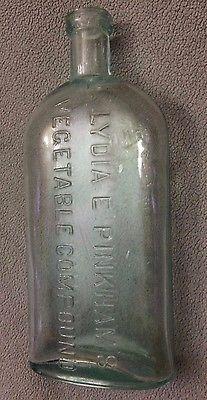 c1880 Medicine Bottle LYDIA E. PINKHAM'S VEGETABLE COMPOUND