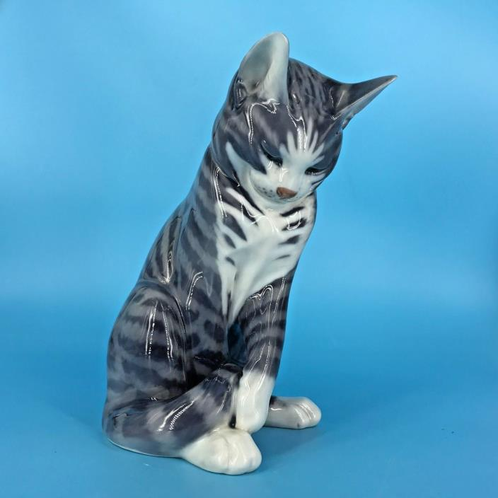 RARE LARGE ROYAL COPENHAGEN PORCELAIN GRAY CAT FIGURINE #340 EXCELLENT
