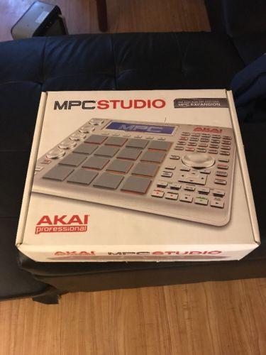 AKAI MPC Studio