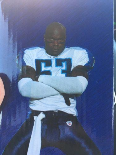 Keith Bulluck Bobble Head - New In Box. Titans