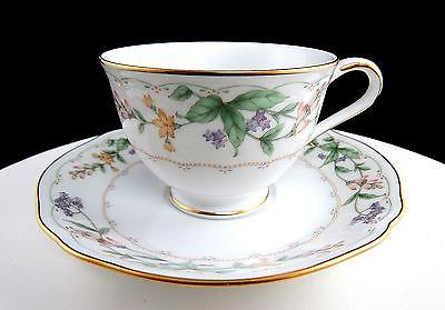 NORITAKE JAPAN CONDOTTI FLORAL AND GOLD TRIM 2 1/2