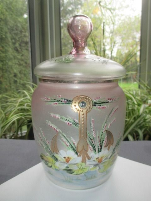 VICTORIAN PINK STRETCH GLASS COOKIE CANDY JAR ENAMEL HEATHER & LOTUS FLOWERS