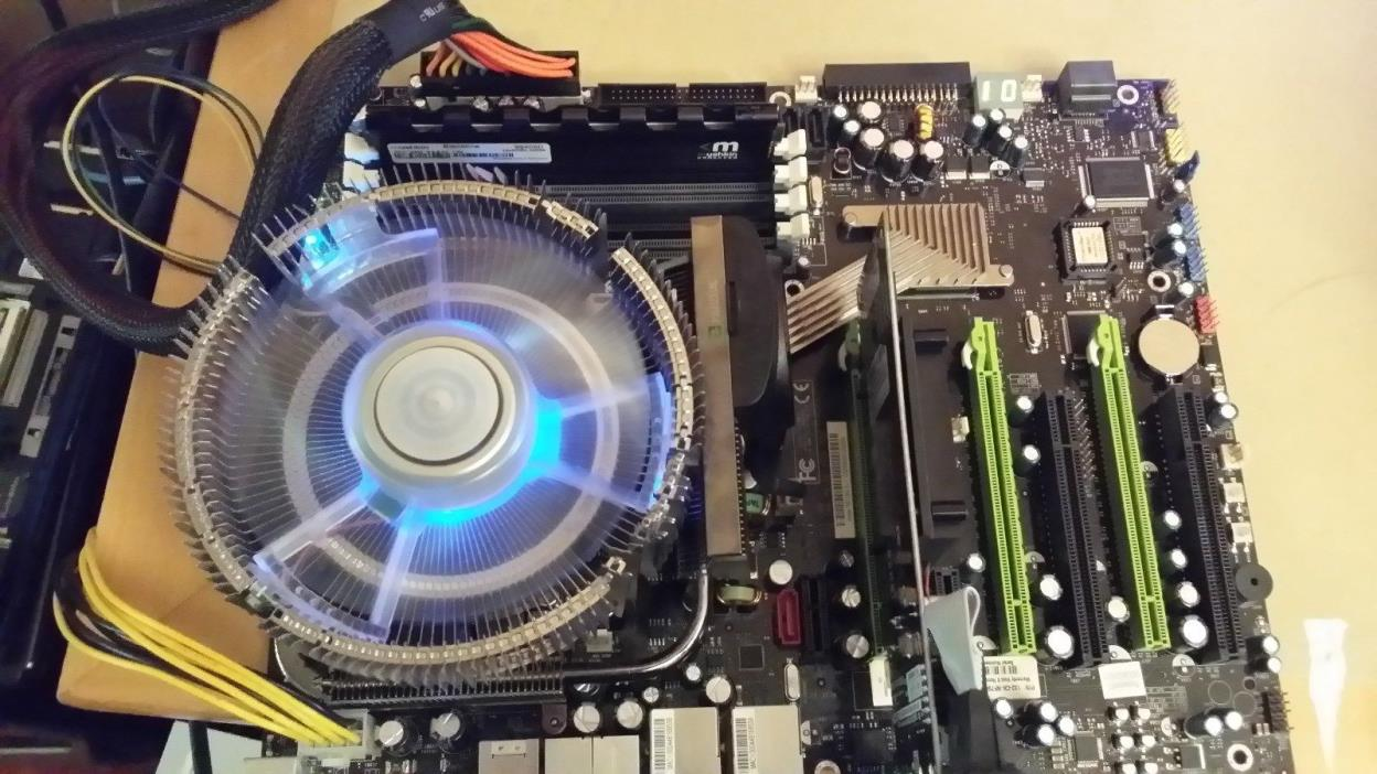 EVGA 132-CK-NF78-A1 LGA 775 nVidia nForce 790i SLI Motherboard Extreme 3.00 GHz
