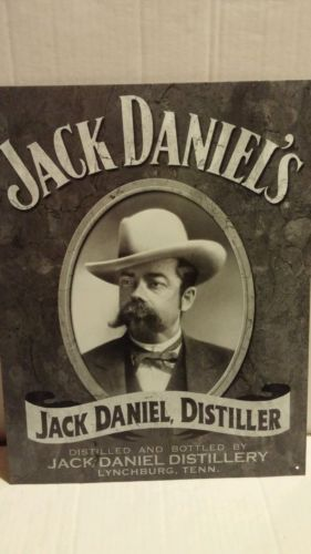 JACK DANIELS DISTILLER NEW METAL 16
