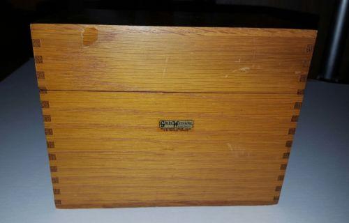 Globe Wernicke 84C Junior Tray hinged box!