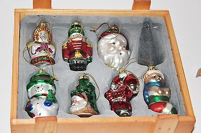 VILLEROY & BOCH CHRISTMAS ORNAMENTS  2003 IN WOODEN BOX