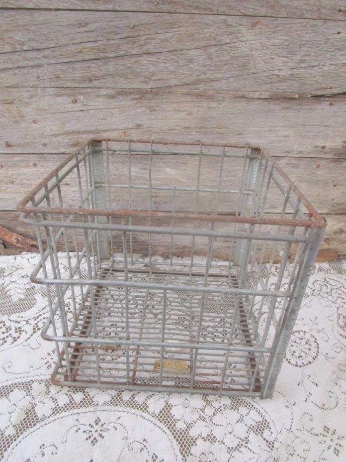 Vintage BFCO  Lincoln 61 Company  Milk Crate All Metal