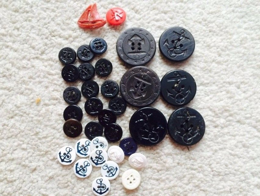 Vtg Lot 35 Small Lg Mostly Black Anchor Plastic Buttons Crafts Sewing Navy