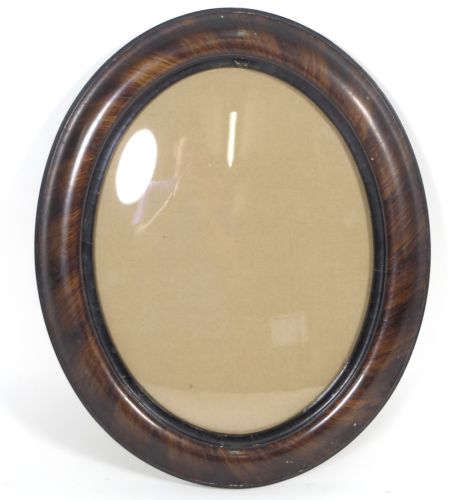 Vintage Oval Photo Picture Frame w/Convex Glass Wooden Mahogany Veneer 14