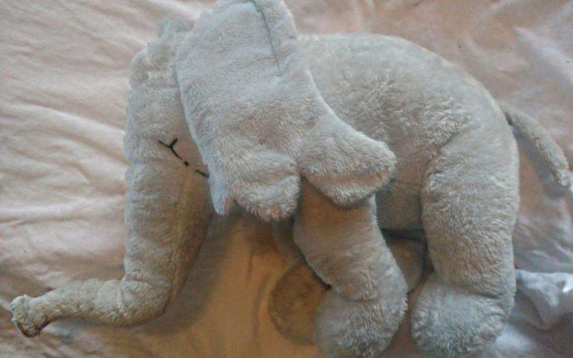 Horton the Elephant soft furry doll, gray w/ tags by Dr. Seuss Nice and Clean