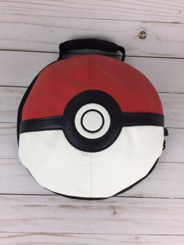AUTHENTIC 3D HALF DOME POKEBALL POKEMON INSULATED LUNCH BAG GOTTA CATCH EM ALL