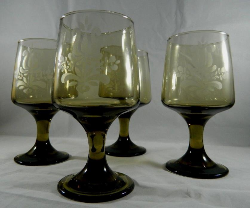 4 VTG Pfaltzgraff 'Village' Smoky Brown Etched Glass Water/Wine Goblet Stemware