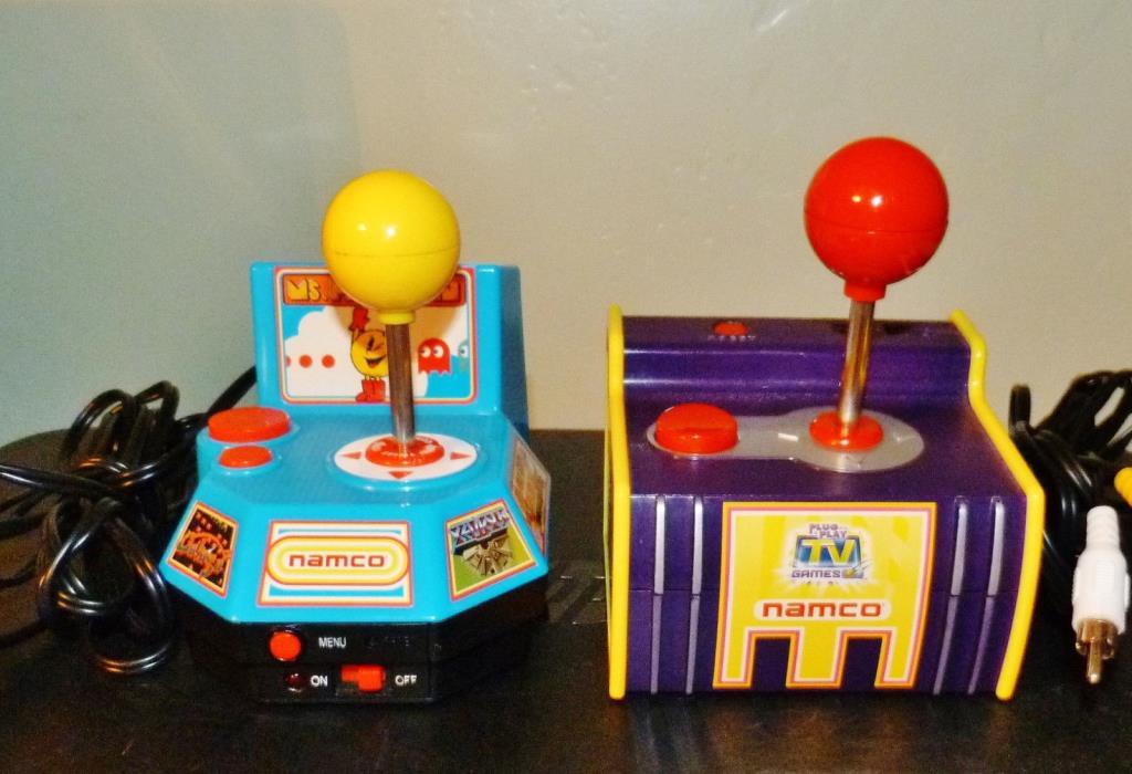 Jakks Lot 2 Plug N Play Arcade Games 5 in1 Orig Atari Pacman Ms Pacman +++ Namco