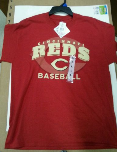 New Cincinnati reds shirt with tags
