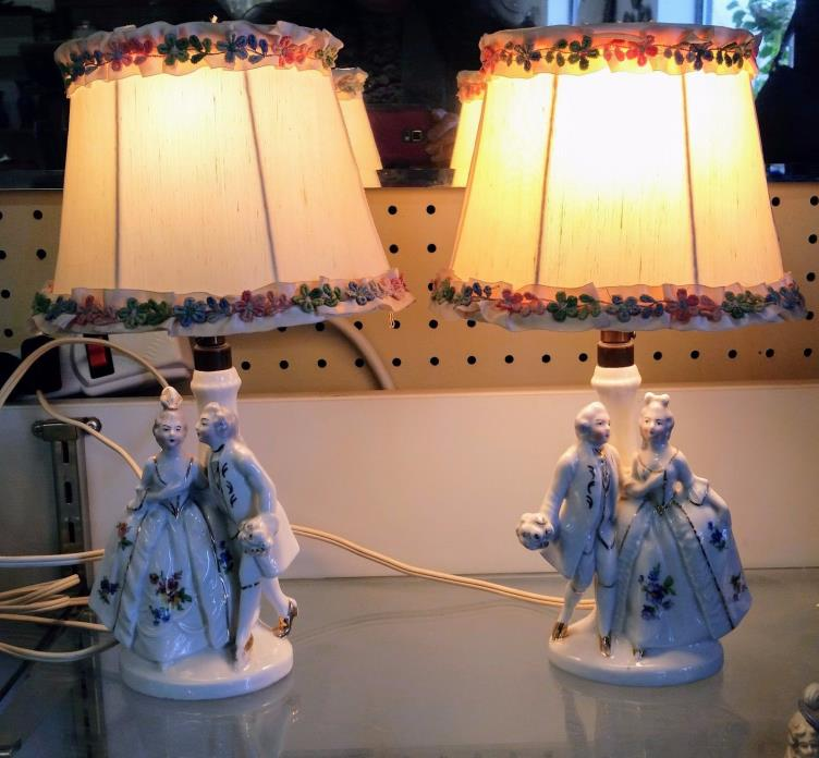 VINTAGE~PORCELAIN~GERMAN~GERMANY~BOUDOIR~LAMPS~COURTING COUPLE~3307-A~PAIR~SILK