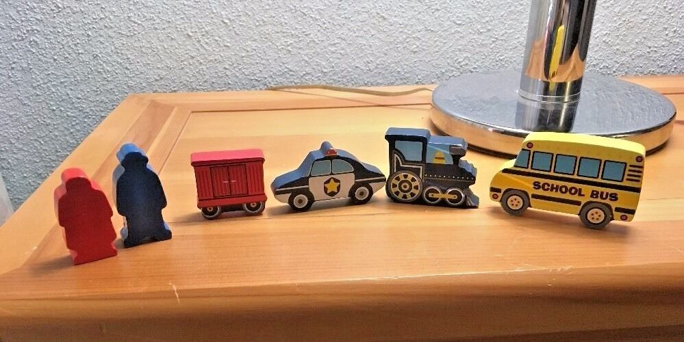 Lot of 6 - Police Car Train School Bus Train Car & People Wood Set - Toys Kids