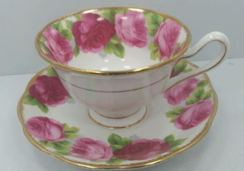 Royal Albert  CABBAGE ROSES & GOLD Tea Cup and Saucer