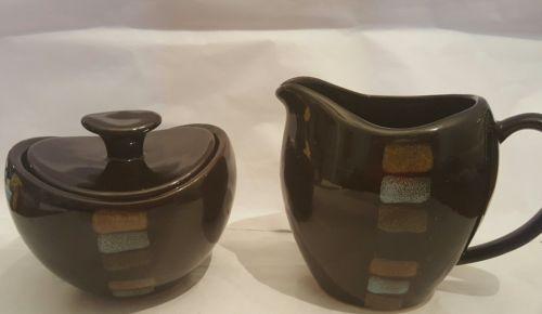 Pfaltzgraff Creamer & Sugar bowl w/LID, CAYMAN PATTERN in a rich brown w/aqua, t