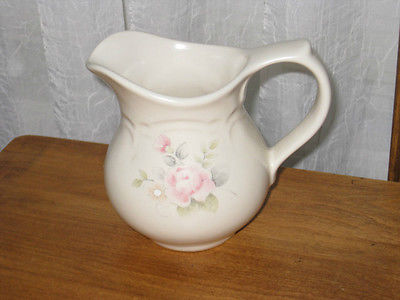 PFALTZGRAFF CREAMER / PITCHER 024 ROSE DESIGN