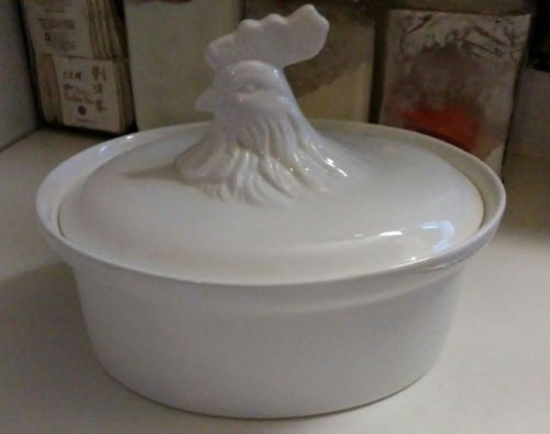 Mikasa Covered Casserole Baking Dish with Rooster Lid
