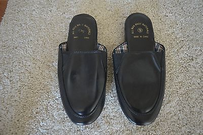 Men's 9 M Black House Slippers ~ Man Made Materials