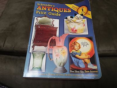 Schroede's Antiques Price Guide    year 2000 addition