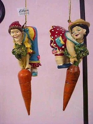 katherine's collection ornament Eula & Mae carrot garden stake set of 2 retired