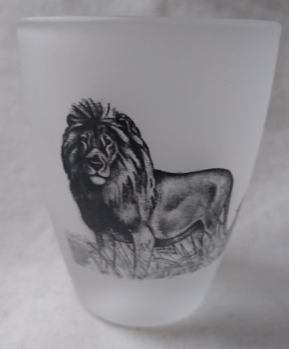 Shot Glass Frosted Lion Made in France