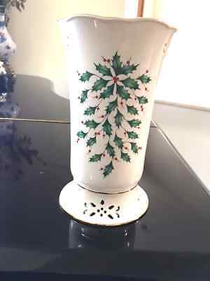 LENOX AMERICAN BY DESIGN HOLIDAY PIERCED VASE CANDLE HOLDER 8 in. deep