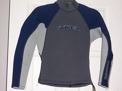 XCEL Xcelerator 2.0mm mens wetsuit Rash Guard sun Shirt S long sleeves surf swim