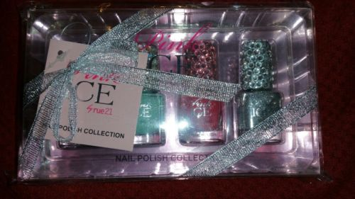 Rue21 brand Pink Ice 4 piece nail set NEW