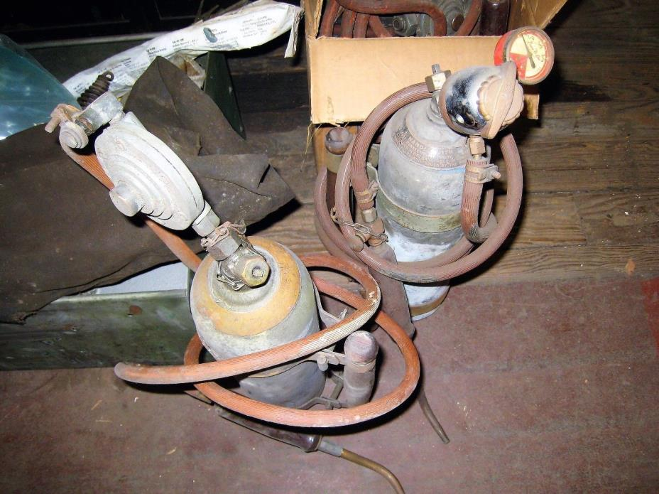 LOT VINTAGE GAS WELDING ACETYLENE TORCH REGULATORS EXTRAS LOCAL PU