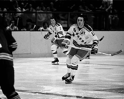 Phil Esposito Vintage Hockey 8 x 10 New York Ranger Hall of Famer