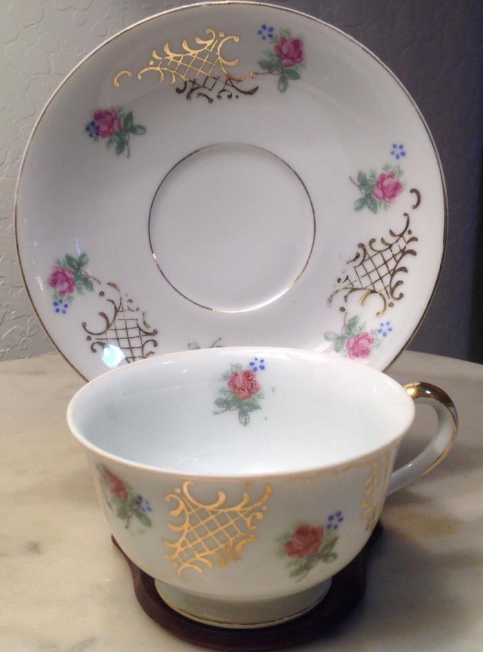 Vintage Berkshire tea cup and saucer Occupied Japan