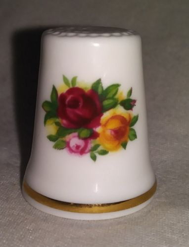 Vintage Royal Albert Old Country Roses Porcelain Thimble Made in England
