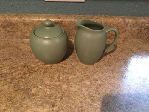 Noritake Stoneware Colorwave Green Creamer Sugar Bowl 2pcs #8485Y MINT