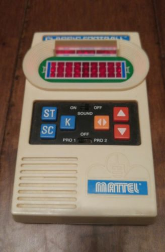 Mattel CLASSIC FOOTBALL Electronic Hand Held Game 2000 Works Perfectly!