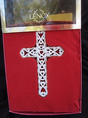 LENOX Pierced Ivory Gold Trim Cross Ornament Xmas Boxed First in Series USA