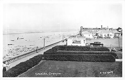 Seaside Oregon~Deep Sea Aquarium~White House Snack Shop~1940s RPPC Postcard